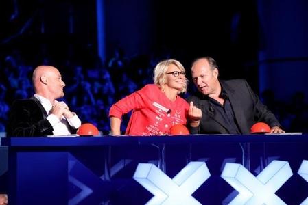 Ascolti Tv, 12 ottobre 2013: Italia's got talent vince con 6,1 mln; Ballando con le stelle a 4,4 mln