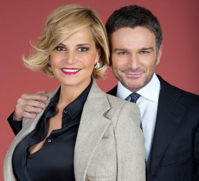 Cielo che Gol!, da questo pomeriggio il nuovo programma domenicale con Simona Ventura e Alessandro Bonan: tra calcio e show tv
