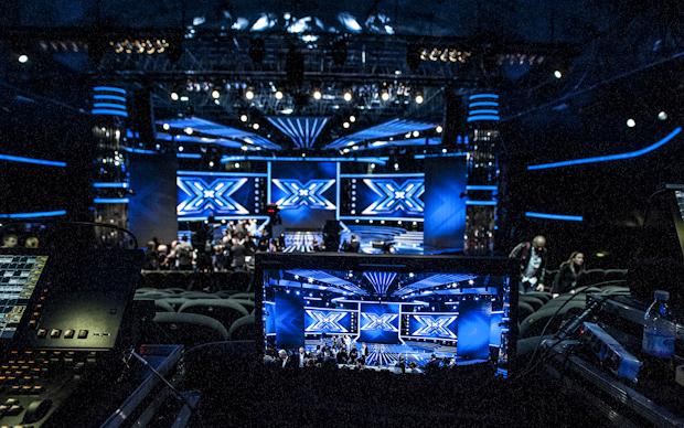 X Factor 6, tutte le novità da stasera su Sky Uno HD: il ripescaggio, Web e Xtra Factor, le voci di Diego e La Pina, il daytime