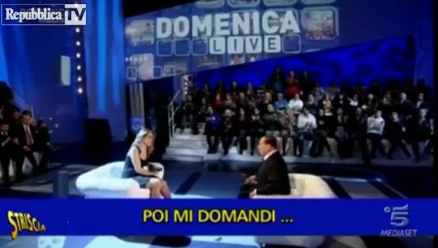 Barbara D'Urso e l'intervista a Silvio Berlusconi: il Tapiro di Striscia la Notizia – VIDEO