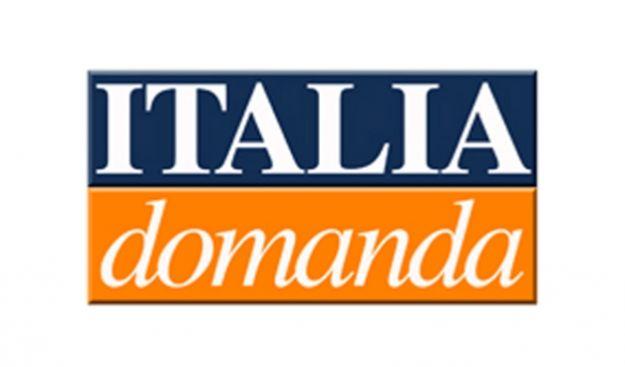 Debutta su Canale 5 Italia Domanda: stasera Pierluigi Bersani, venerdì Silvio Berlusconi