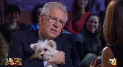 Le Invasioni Barbariche: l'intervista a Mario Monti e la prova di umanità – FOTO