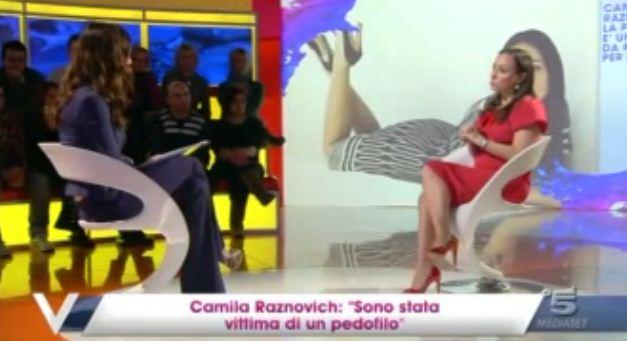 """Verissimo, Camila Raznovich shock vittima di pedofilia: """"Avevo sette anni, lui si è spinto in zone dove non doveva andare"""""""