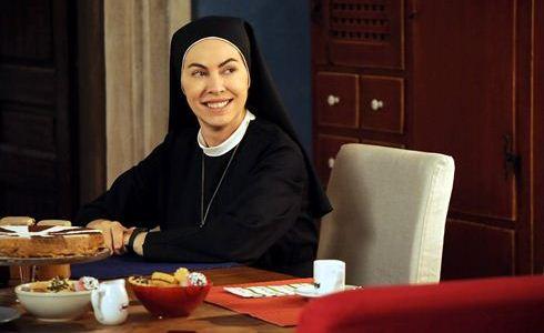 Ascolti Tv, 7 marzo 2013: Che Dio ci aiuti a 6,1 e 5,7 mln; Benvenuti al Sud a 6 mln; The Voice of Italy a 3,3 mln