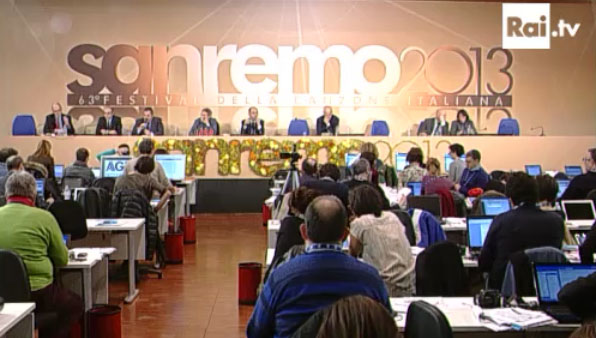 Sanremo 2013, la conferenza stampa del 14 febbraio: Leonora Armellini al posto di Daniel Barenboim
