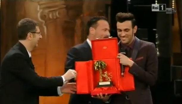 Sanremo 2013: è Marco Mengoni il trionfatore, seguito da Elio e le storie tese e i Modà – VIDEO