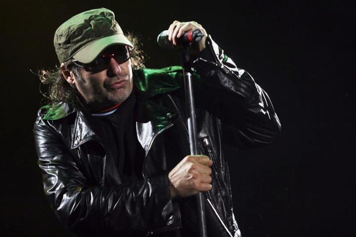 Vasco Rossi, va in fumo l'idea del programma tv: spazio alle sette date del tour