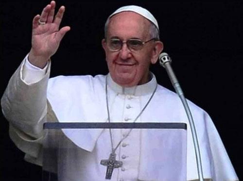 Ostensione della Sacra Sindone in diretta Tv e videomessaggio di Papa Francesco