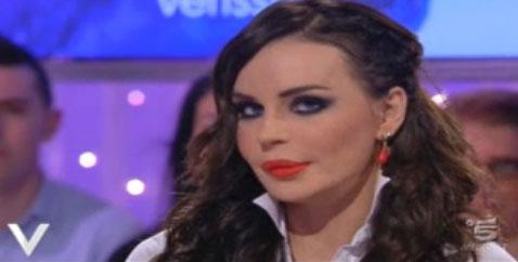 """Nina Moric a Verissimo: """"Fabrizio Corona boss del carcere"""" – FOTO"""