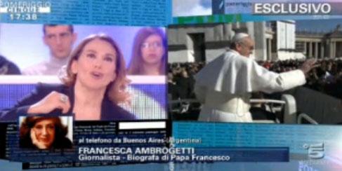 Pomeriggio Cinque, Barbara D'Urso innamorata di Papa Francesco gli dedica la puntata tra esclusive e interviste
