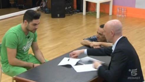 Amici 12, Ruben firma un contratto discografico e lascia la Scuola da professionista – FOTO
