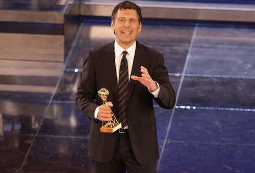 Premio Regia Televisiva 2013, stasera su RaiUno con Fabrizio Frizzi; attivo il televoto: quale programma tv vincerà?