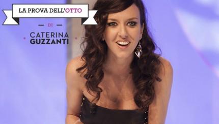 La Prova dell'Otto, il primo one-woman show di Caterina Guzzanti: satira sul mondo della tv, da stasera su MTV