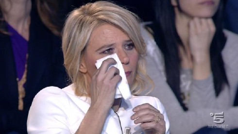 """Amici 12, Maria De Filippi infuriata contro i malpensanti: """"Io non scimmiotto gli altri programmi"""""""