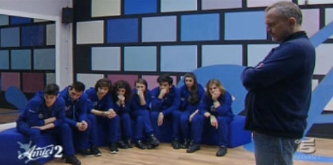 Amici 12, le squadre di Emma e Bosè al completo: i ragazzi della squadra blu in Casetta; Ylenia in crisi