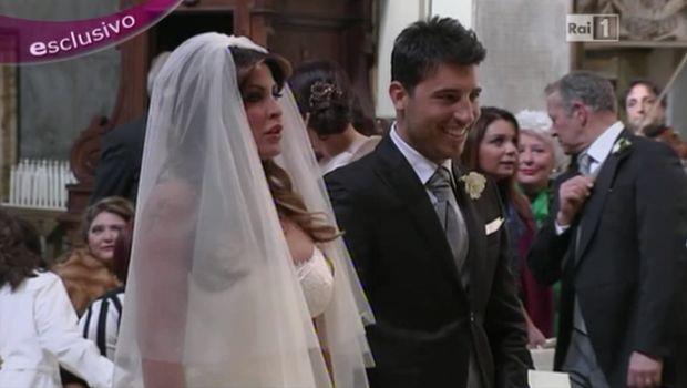 Guendalina Tavassi sposa in diretta a Le amiche del sabato: le prime foto del matrimonio