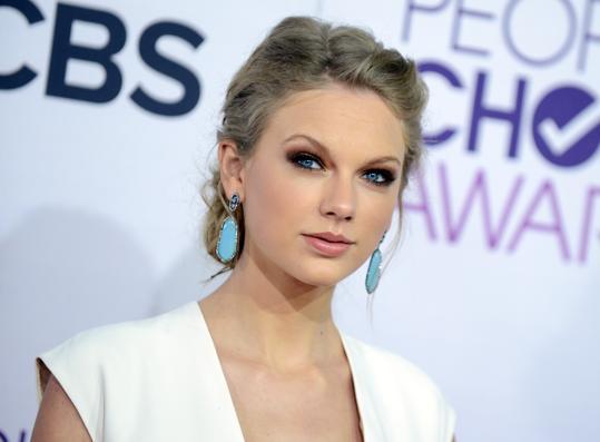New girl, Taylor Swift guest star nell'ultimo episodio della seconda stagione – SPOILER