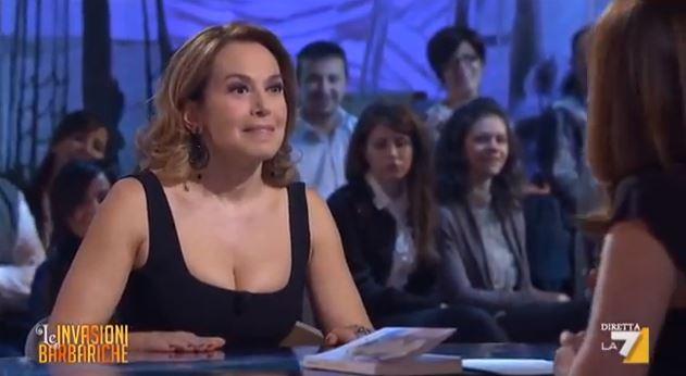 Barbara D'Urso a Le Invasioni Barbariche: botta e risposta con una Bignardi impreparata