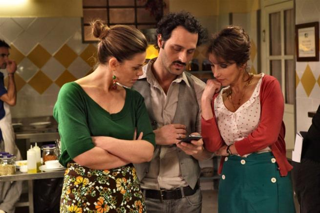 Benvenuti a tavola 2 da stasera su canale 5 la seconda stagione fabio troiano e vanessa - Benvenuti a tavola 2 dvd ...