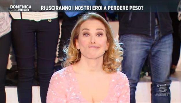 Domenica Live: al via i reality dei burrosi. Orietta Berti sostituisce Katia Ricciarelli – FOTO