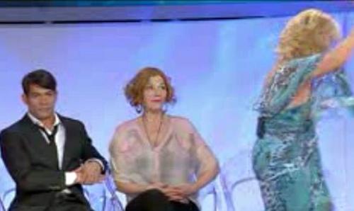 """Uomini e Donne, duro scontro tra Gianni e Tina: """"Non posso stare vicina a lui, non lo posso più sentire"""""""