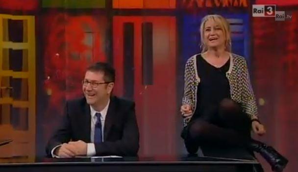 """Che tempo che fa, Luciana Littizzetto su Matteo Renzi ad Amici 12: """"E' già andato a prendere i voti da quelli di Mediaset"""" – VIDEO"""