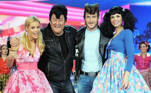 SuperPaperissima, da stasera su Canale 5 la prima di quattro puntate speciali con Gerry Scotti e Michelle Hunziker