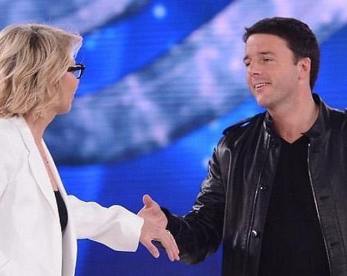 """Matteo Renzi ad Amici 12 risponde alle critiche dei """"radical chic"""""""