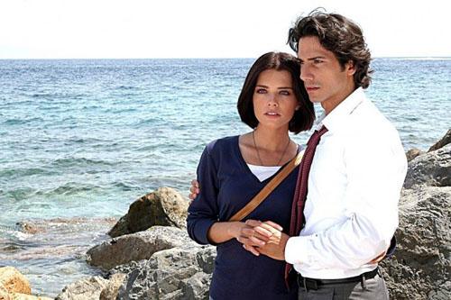Rosso San Valentino, stasera la quarta puntata: l'arresto di Laura e lo scandalo in azienda