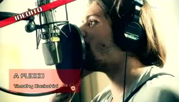 """The Voice of Italy: Timothy Cavicchini, finalista del Team Pelù con l'inedito """"A fuoco"""" – TESTO"""