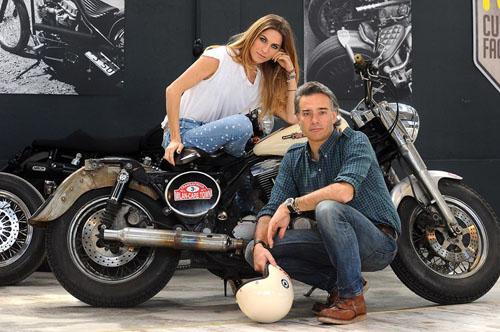 Born to Ride, il mondo delle moto stasera su Mediaset Italia 2 con Roberto Parodi, Eleonora Pedron e Daniele Magni