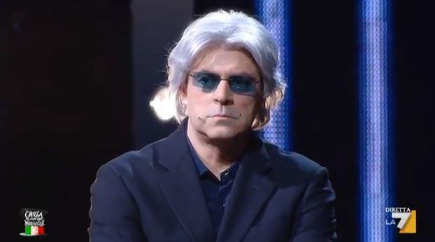 Maurizio Crozza è Flavio Briatore: l'annuncio di lavoro su Twitter e le selezioni di The Apprentice
