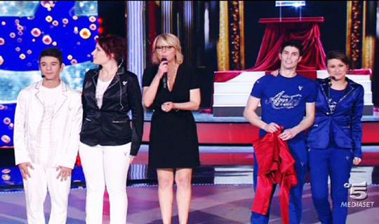 Amici 12: Moreno, Greta, Verdiana e Nicolò raccontano le loro emozioni ad un passo dalla finale; ospite Virginia Raffaele