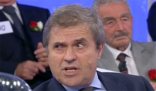 Uomini e Donne anticipazioni: Giuliano accusato di comprarsi i voti, Maurizio Costanzo chiama in trasmissione