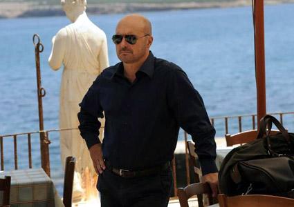 Il Commissario Montalbano, La luna di carta stasera su RaiUno: trama