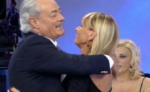 Uomini e Donne, anticipazioni: Gemma turbata da Remo, per lui niente amore ma amicizia