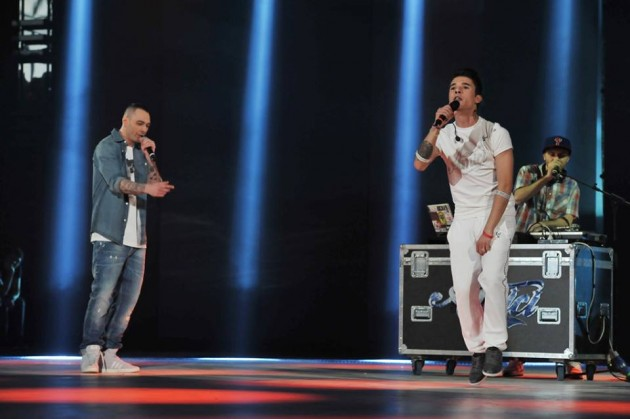 Amici 12, l'inedito di Moreno feat. Fabri Fibra: La novità – TESTO e VIDEO