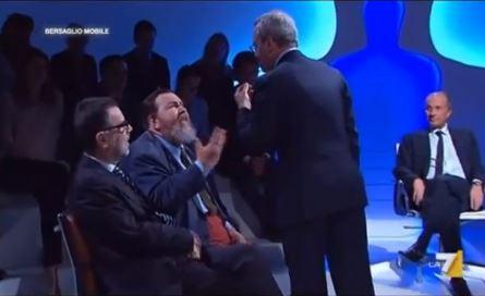 """Ferrara vs Mentana, duro scontro a Bersaglio Mobile: """"E' l'ultima volta che metto piede in questo cesso"""" – VIDEO"""