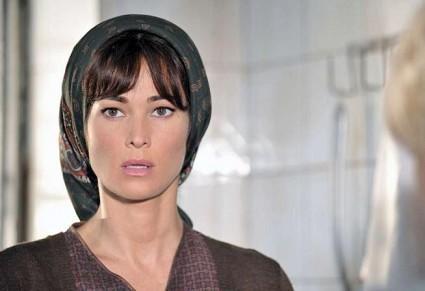"""Pupetta – Il coraggio e la passione, stasera su Canale 5, la nuova fiction con Manuela Arcuri: """"Una grande prova"""" – FOTO"""
