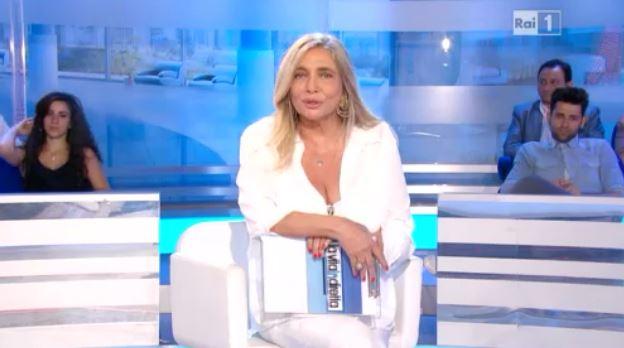 """Mara Venier e l'addio a La Vita in Diretta: """"Finisce qui questo bellissimo viaggio"""""""