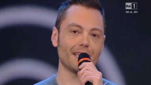 Wind Music Awards: Tiziano Ferro emozionato parla di Alessandra Amoroso e della sua avventura da produttore