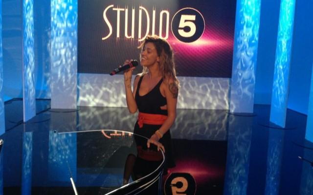 Studio 5, stasera la terza puntata: Belen Rodriguez e Stefano De Martino per la prima volta insieme in una trasmissione tv