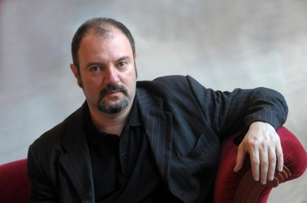 Rai, l'Unione familiari vittime per stragi chiede il ritorno di Blunotte e Carlo Lucarelli in palinsesto