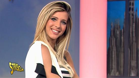 Striscia la Notizia manda a casa Giulia Calcaterra, aperti i provini per la nuova velina bionda