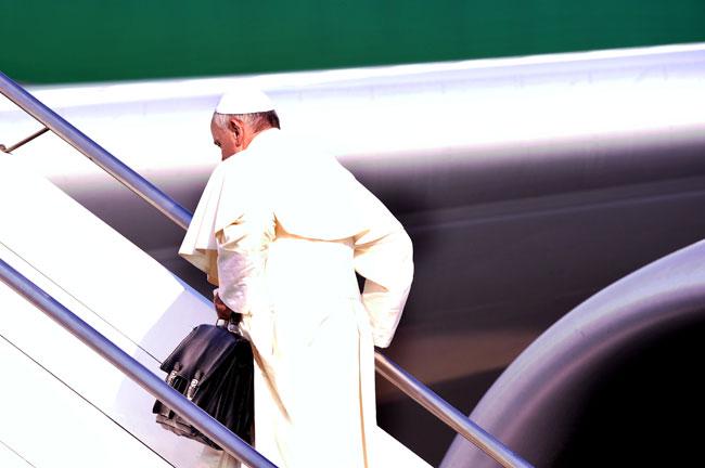 Alessandra Menzani e la sua pagella: da Belen Rodriguez a Papa Francesco