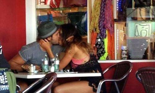 Francesco Monte e Cecilia Rodriguez stanno insieme: il bacio bollente è la prova ufficiale