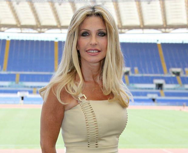 Paola Ferrari lascia la Domenica Sportiva; per i Mondiali 2014 in coppia con Sabrina Ferilli?
