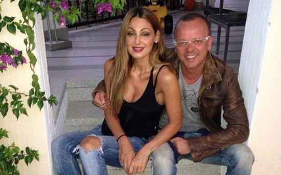 """Selvaggia Lucarelli lancia la bomba: """"Gigi D'Alessio e Anna Tatangelo si sono lasciati"""". Presta smentisce"""