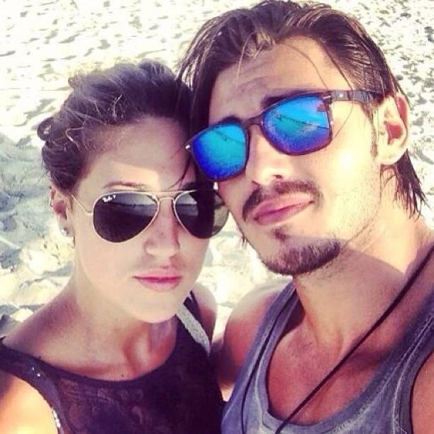 """Francesco Monte risponde alle fan: """"E' la mia vita, non la vostra"""" – TUTTE LE FOTO con Cecilia Rodriguez"""