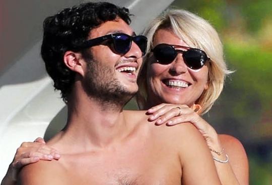 """Maurizio Costanzo racconta Maria De Filippi e il figlio Gabriele: """"Sono complici, a lei non nasconde nulla"""""""